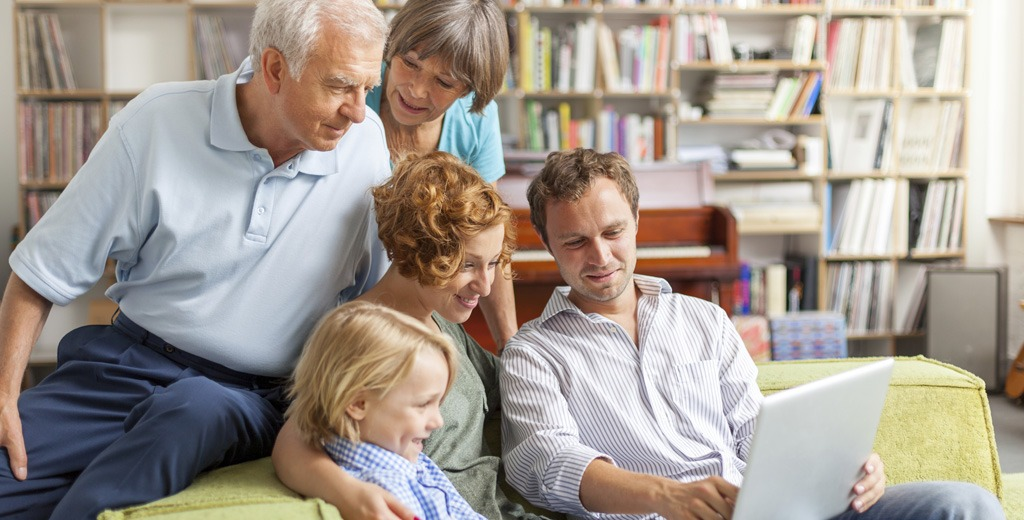 Je rends visite à mes parents : puis-je séjourner en résidence ?